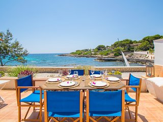 ROQUEROLA :) Casa para 6 perosnas frente el mar