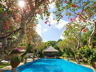 Villa Waru - an elite haven, 7BR, Nusa Dua