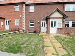 BRADA VIEW , family friendly, with a garden in Bamburgh, Ref 1111