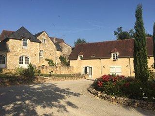 beau gite restauré 2 à 4p Montignac Dordogne