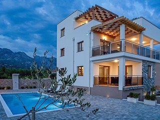 Luxury 5* villa in the heart of National park and 200m from the beach