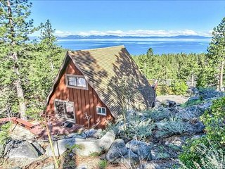 Rustic cabin with panoramic views of Lake Tahoe - dogs OK!