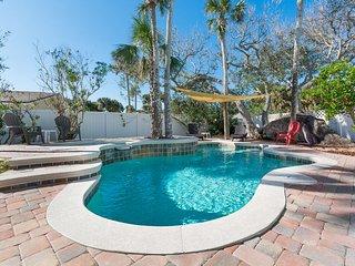 4700Sax - Delightful Pool Home