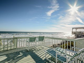 6871S - Direct Oceanfront - The Ultimate Beachside Retreat!