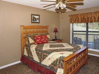 Moosetrax Cabin ( 3 Bedroom cabin )