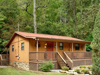 Whispering Creek Cabin