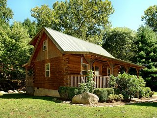 Creek Heaven - 2 Bedrooms, 2 Baths, Sleeps 6