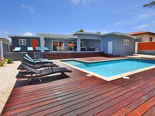 Aruba Haven Luxury Villa; clean, private and luxurious elements