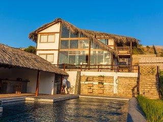 Casa Palo Santo / Vichayito
