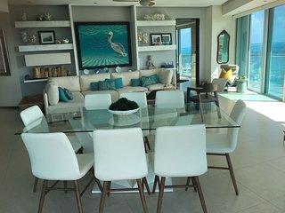 Espectacular departamento de lujo frente al mar/ Beach front delux apartment