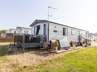 8 berth caravan with a FULL sea view. At Broadland Sands in Norfolk.  REF 20285