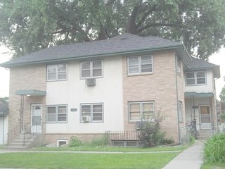 S&J#24-3BR1ba Dtown2Blaine! *25%Off Oct/Nov*