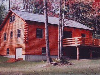 Vermont home located in the mountains between Mt. Snow & Stratton Mt