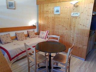 Studio 2 personnes a Arc 1600 ski aux pieds et proche des commerces