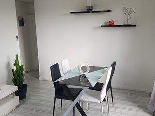 Appartement 60m2 a 10mn du centre en tramway dans une residence securisee calme