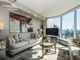 Experience Toronto from a Chic Condo in Yorkville