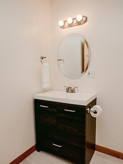 Ensuite bathroom for bedroom #4