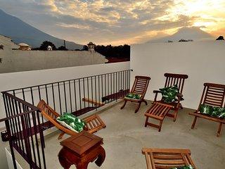 Antigua Villa AN014