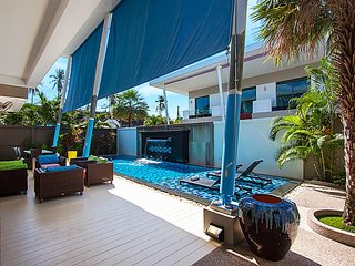 Phuket Holiday Villa 3368