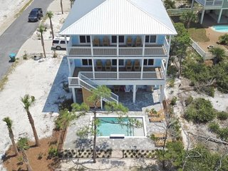 Gulf View! Private Pool! Sleeps 12!