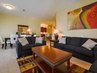 Vista Cay Penthouse