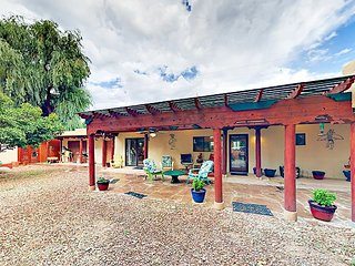 Walk to Historic Taos Plaza! Pueblo-Style 2BR w/ Patio & Rooftop Deck