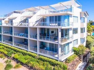 BALE 1228 BEACHFRONT 3 BEDROOM KINGSCLIFF