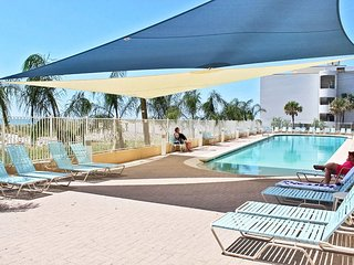 San Carlos 1201-Have a Suntastic Summer ~ Your Vacation Rental is Waiting