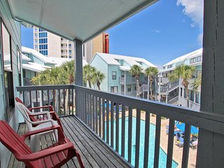 Ocean Reef 304- Spend Some Time Relaxing at the Beach this Fall
