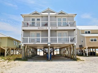 Bonhomme Richard West - 7 Nts for the price of 5 in July!  Gulf Front Beach