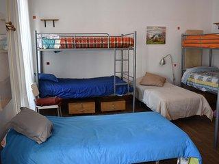 Habitación compartida de 10 plazas