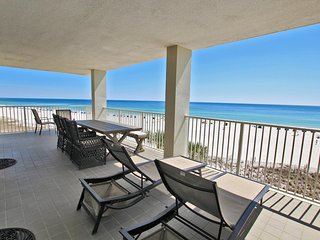 Pelican Pointe 401-The Beach Life is the Best Life ~ Stay Here ~Play Here