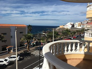 Nice Appartment for up to 5 Persones with Ocean view, Pool Wifi Air Conditioner