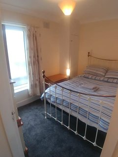 Nr beach 2 dbl bed, One bathroom & seperate WC