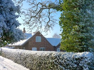 Farm Cottage ... Romantic break in Lincolnshire near Lincoln and the coast