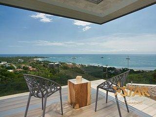 Compass House Luxury Villa with Infinity Pool, Overlooking Tamarindo Bay