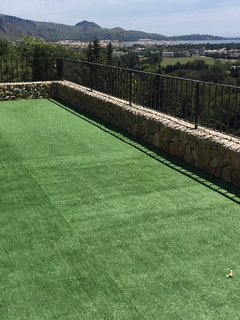 Spectacular Lawn Terrace