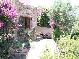 Casa San Teodoro con jardin cerca del centro ST3