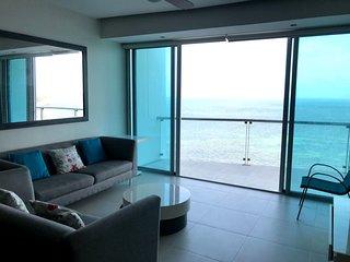 Hermoso departamento de lujo frente al mar!