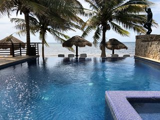 Would you like to experience a true paradise?? This is IT!