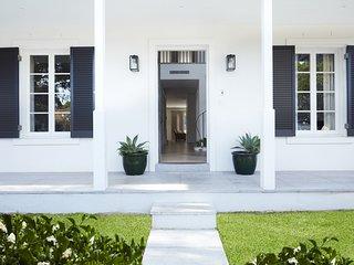 BELLEVUE HOUSE - Bellevue Hill, NSW