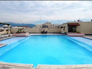 ☼Marina Vallarta☼ Cozy Loft, close to everything, FREE PARKING, POOL RELAX & FUN