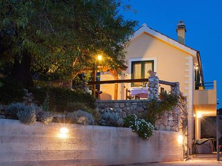 Two bedroom house Gornji Tucepi, Makarska (K-16113)