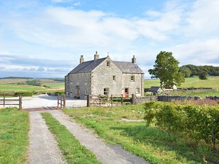 57796 House situated in Buxton (4mls E)