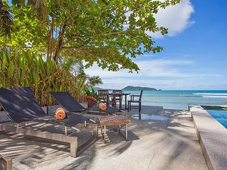 Phuket Holiday Villa 9658
