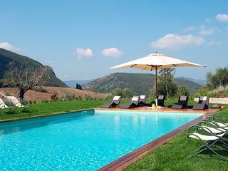 Luxury villa Carlino