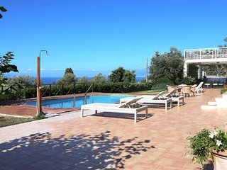 Luxury villa Neroli