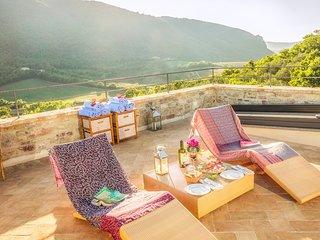 Luxury villa Tosa