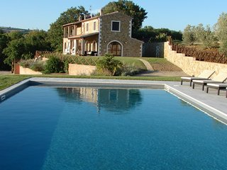 Luxury villa Ferrosa