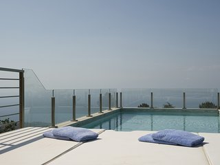 Luxury villa Santini